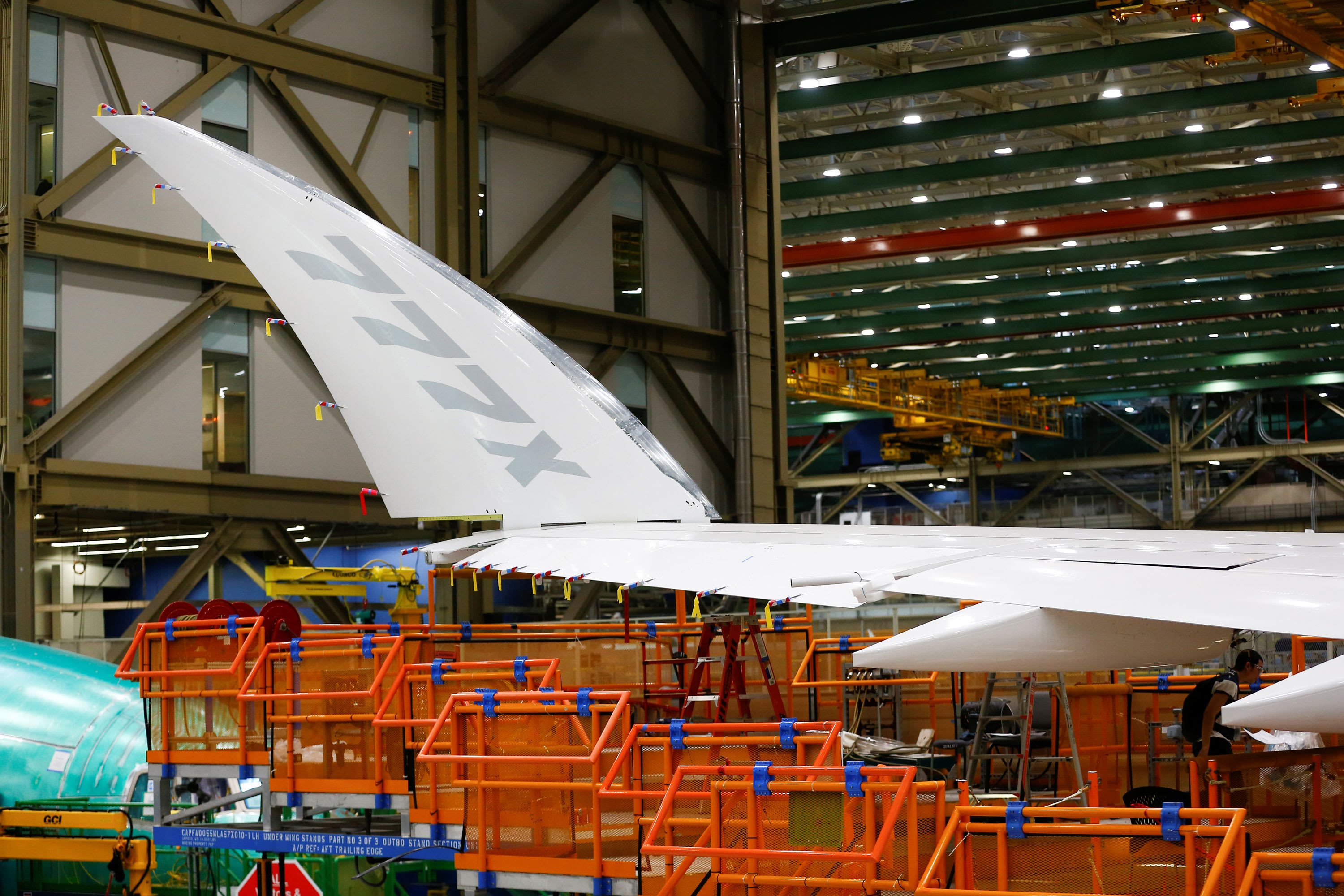 Boeing 777X fuselage reportedly break up throughout September stress check