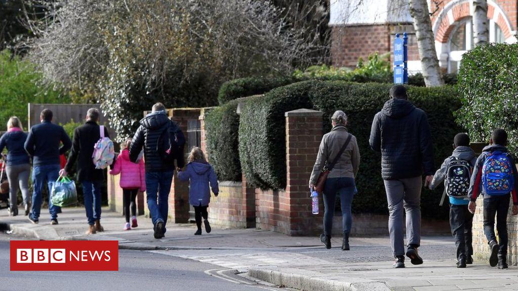 Coronavirus: Dad and mom urged to not ship kids to highschool