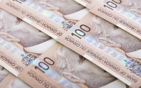 Canadian Greenback Flat As Buyers Weigh August GDP, Crashing Oil Costs — Foreign exchange Information