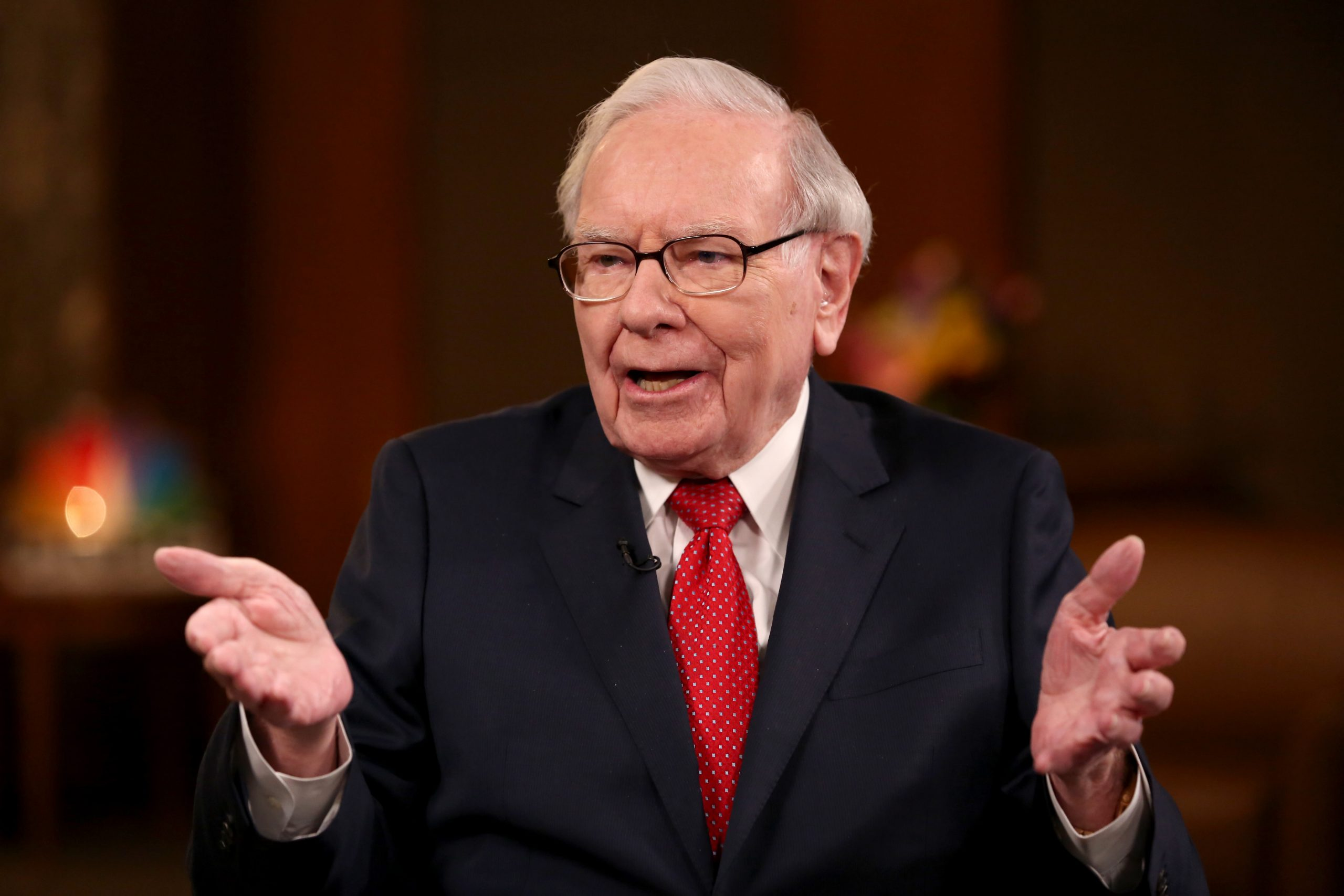 Buffett's Berkshire Hathaway simply made $800 million on Snowflake's IPO