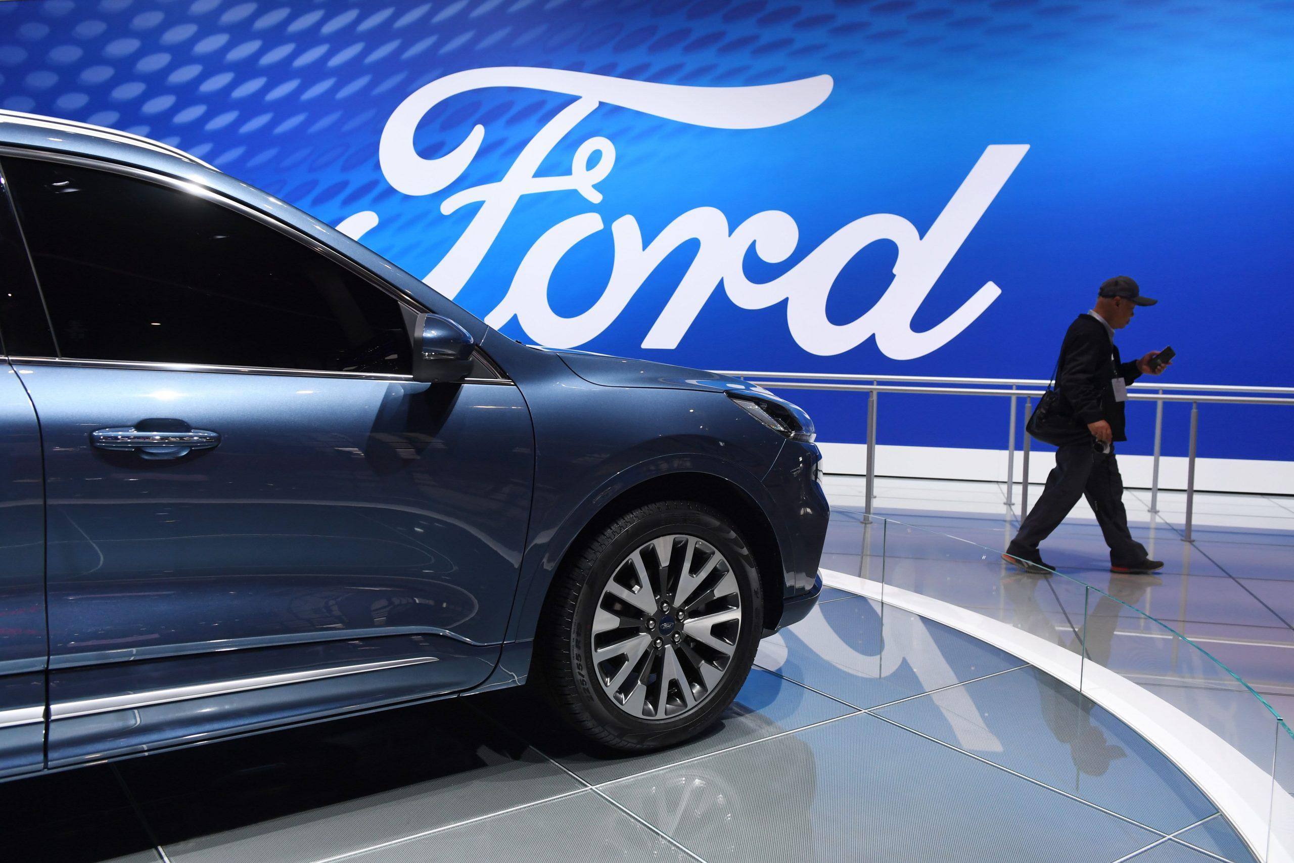 Ford to spend $610 million to recall three million automobiles