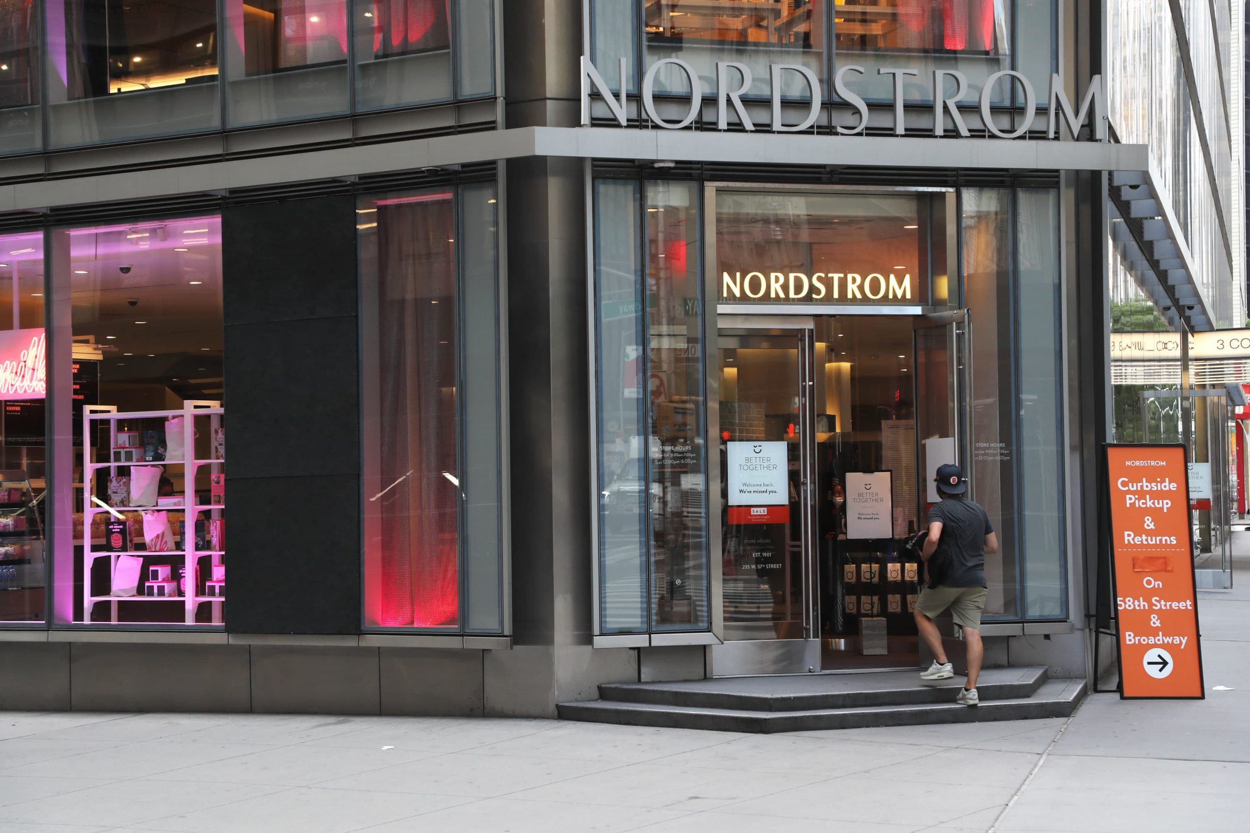 Nordstrom (JWN) shares drop as retailer says vacation gross sales tumbled 22%