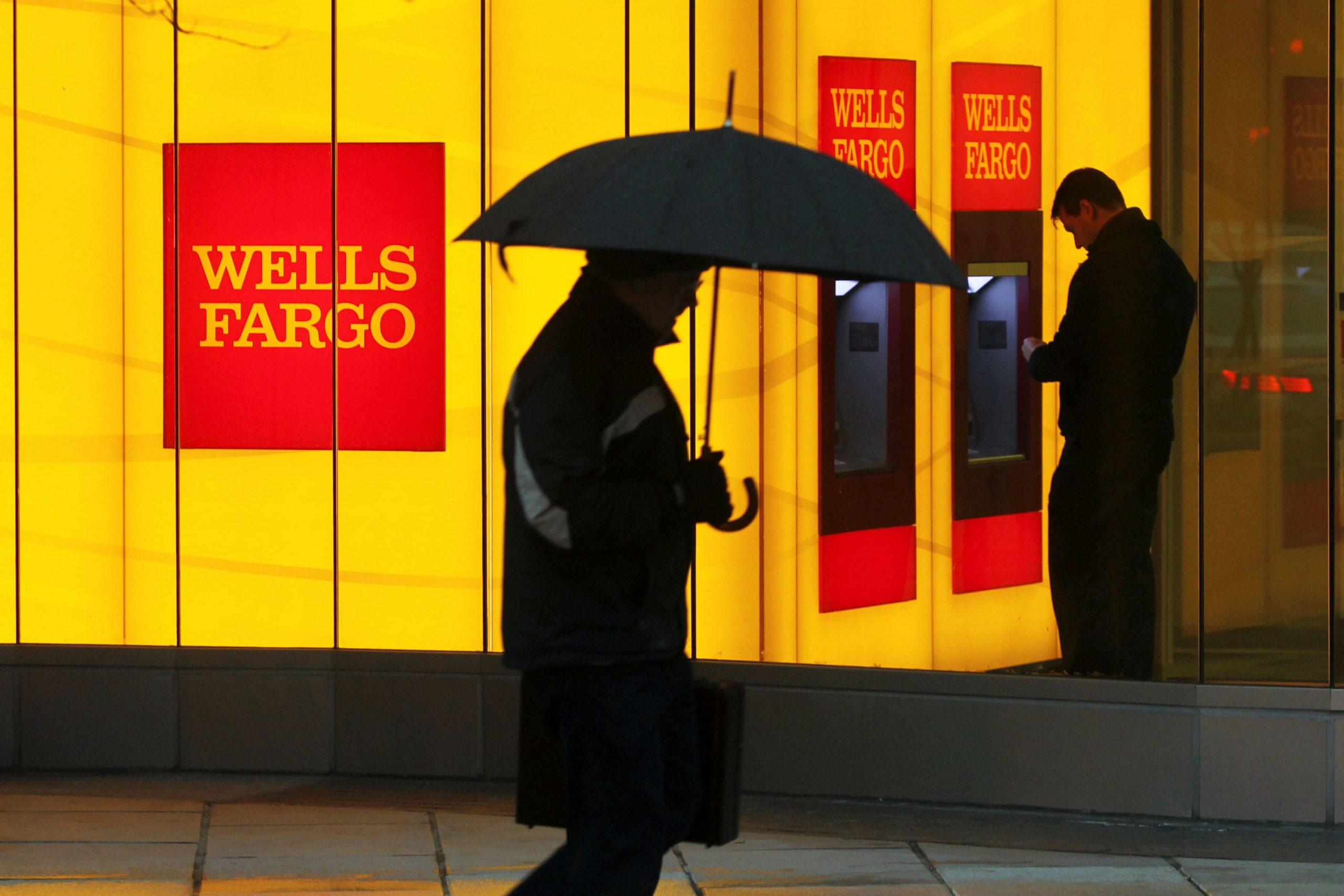 Wells Fargo (WFC) earnings This autumn 2020 beat estimates however income falls brief
