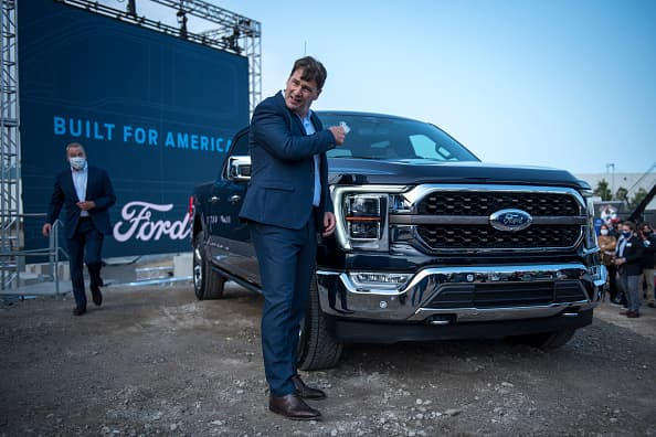 Ford shares on tempo for finest week since June on new merchandise