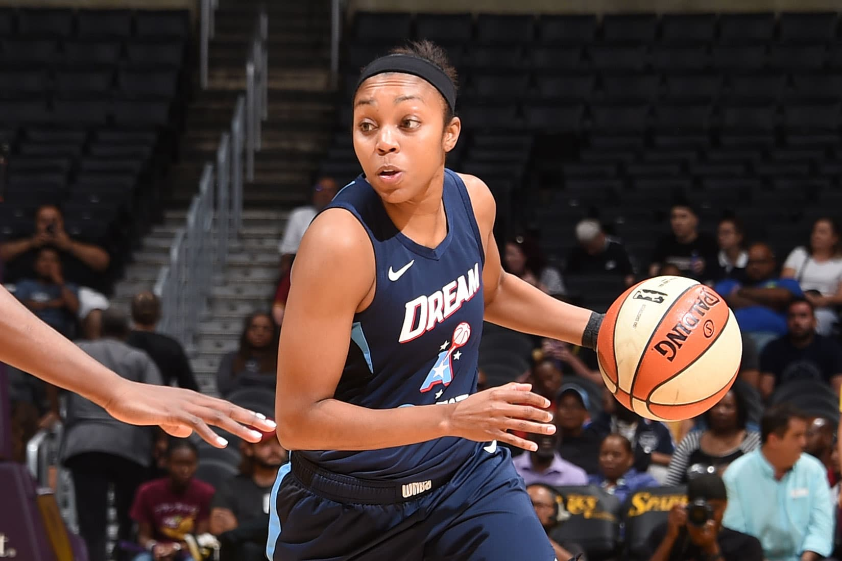Atlanta Dream offered to Larry Gottesdiener following Kelly Loeffler controversy