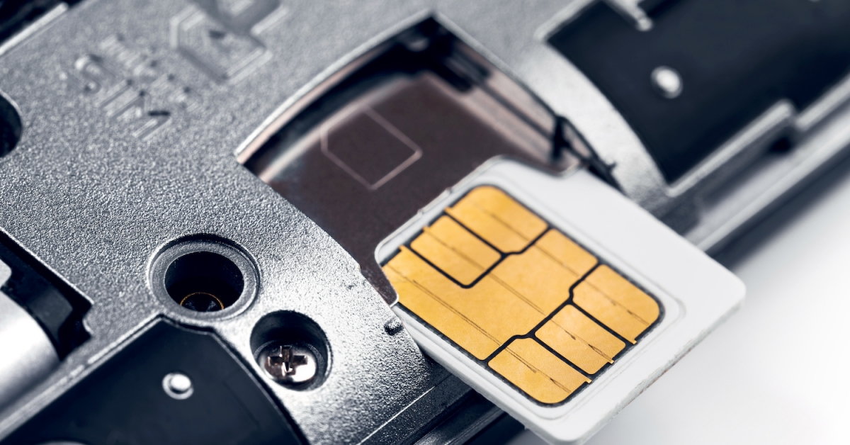 Cell Agency Worker Charged for Aiding Crypto SIM Swap Assaults Concentrating on 19