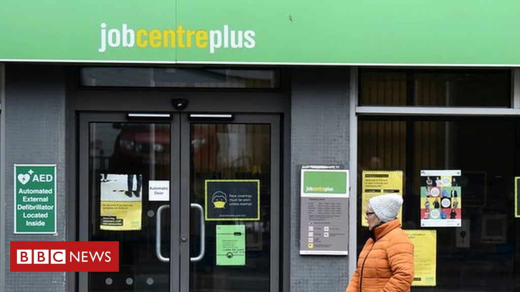 Covid: Strike 'doable' over longer job centre opening