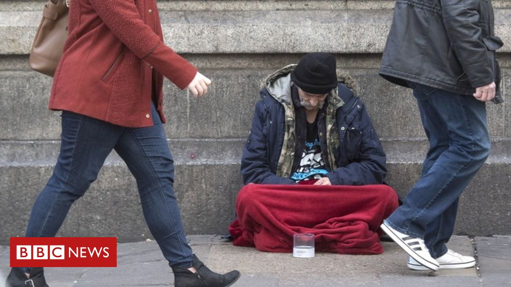 Cease treating tough sleepers as vagrants, say MPs