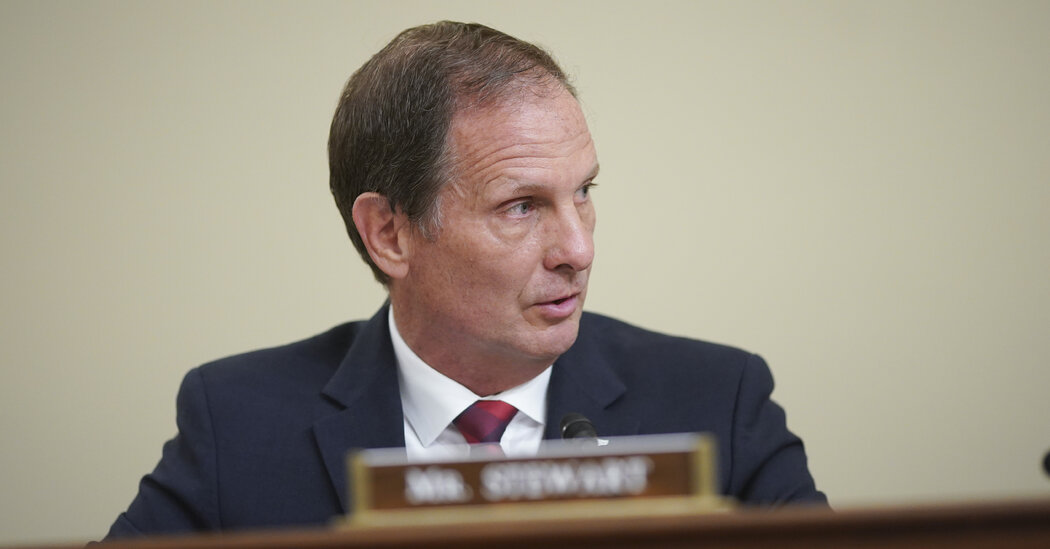 Republicans Query Spy Companies' Work on Home Extremism