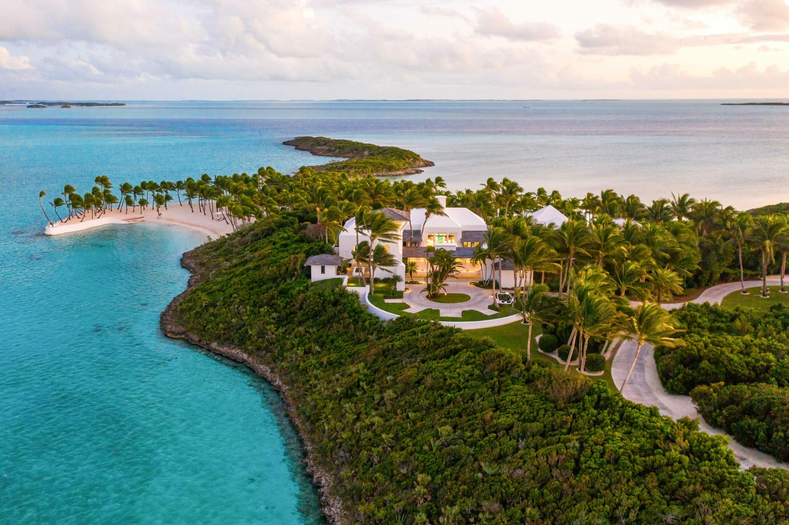 Tour Religion Hill and Tim McGraw's $35 million non-public island