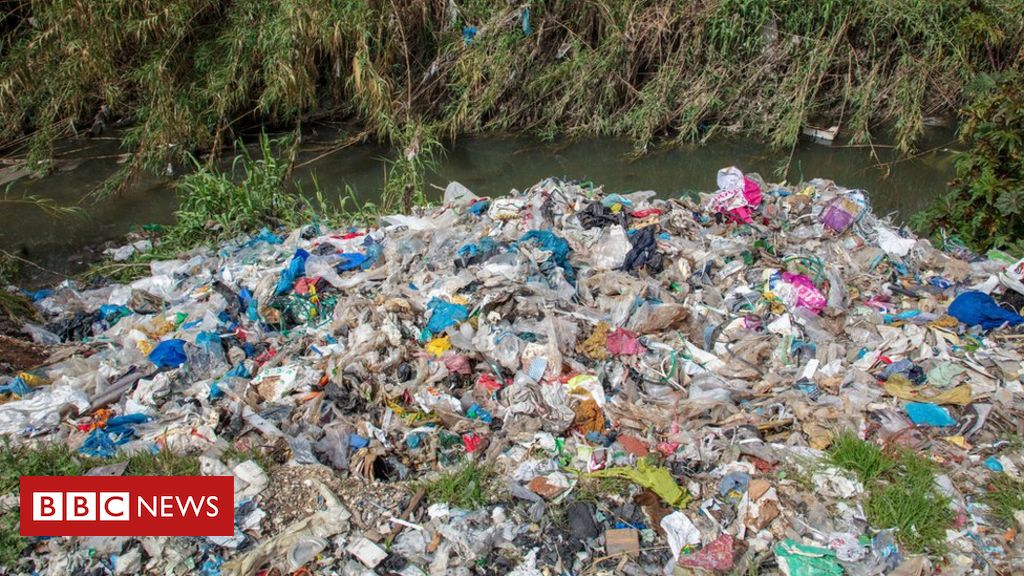 UK plastic waste being dumped and burned in Turkey, says Greenpeace