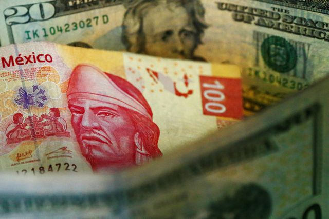 EMERGING MARKETS-Chile, Peru lead Latam FX losses; c.financial institution foreign exchange swap buoys Brazil' actual