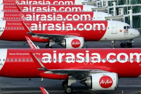 Malaysia's AirAsia Group posts smaller Q1 losses