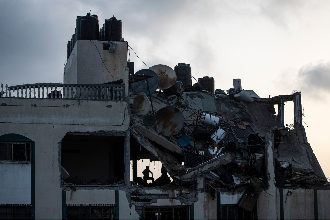 Israel, Hamas commerce lethal hearth as confrontation escalates