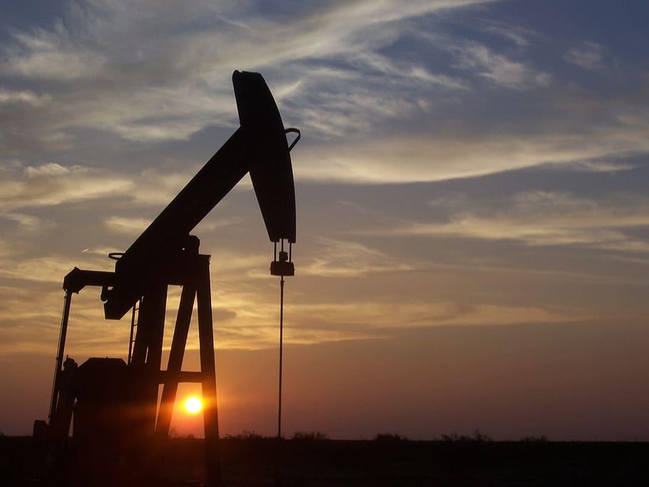 Crude Oil Stumbles As India COVID-19 Crises Deepens