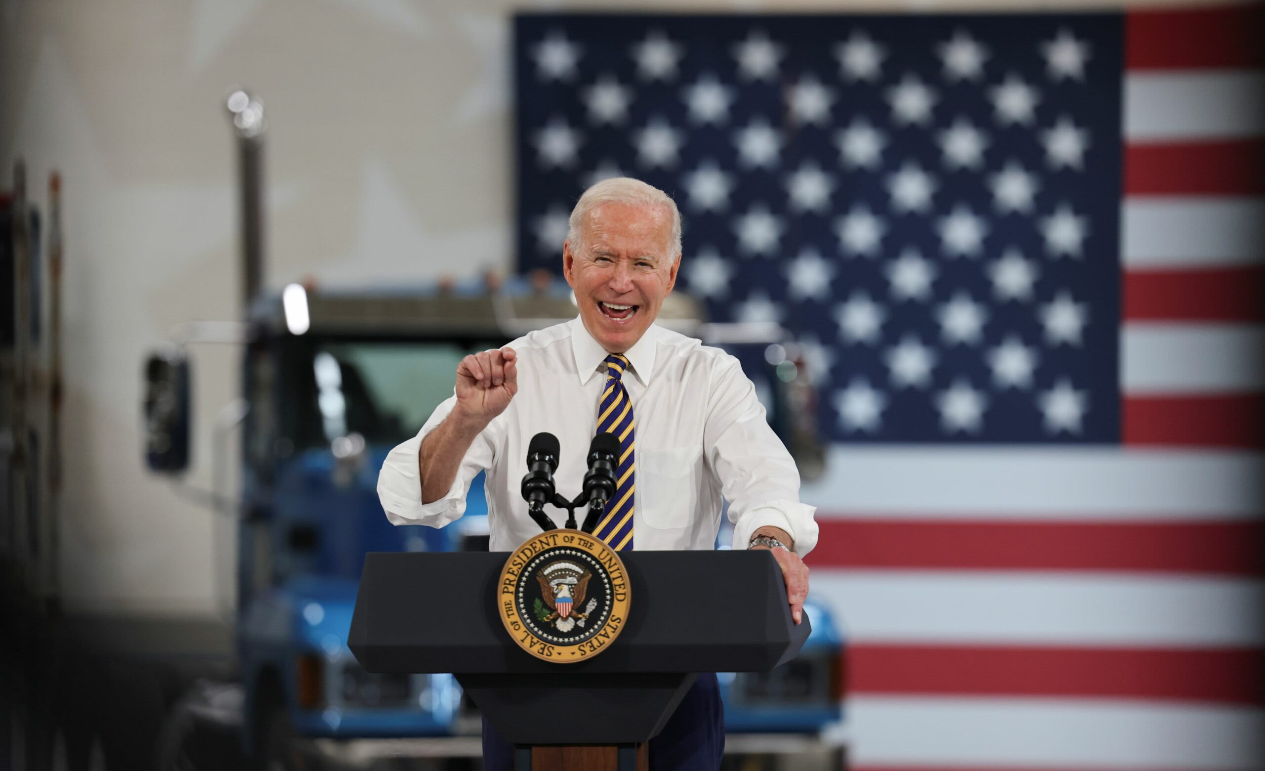 Biden calls on states to supply $100 money funds for vaccination