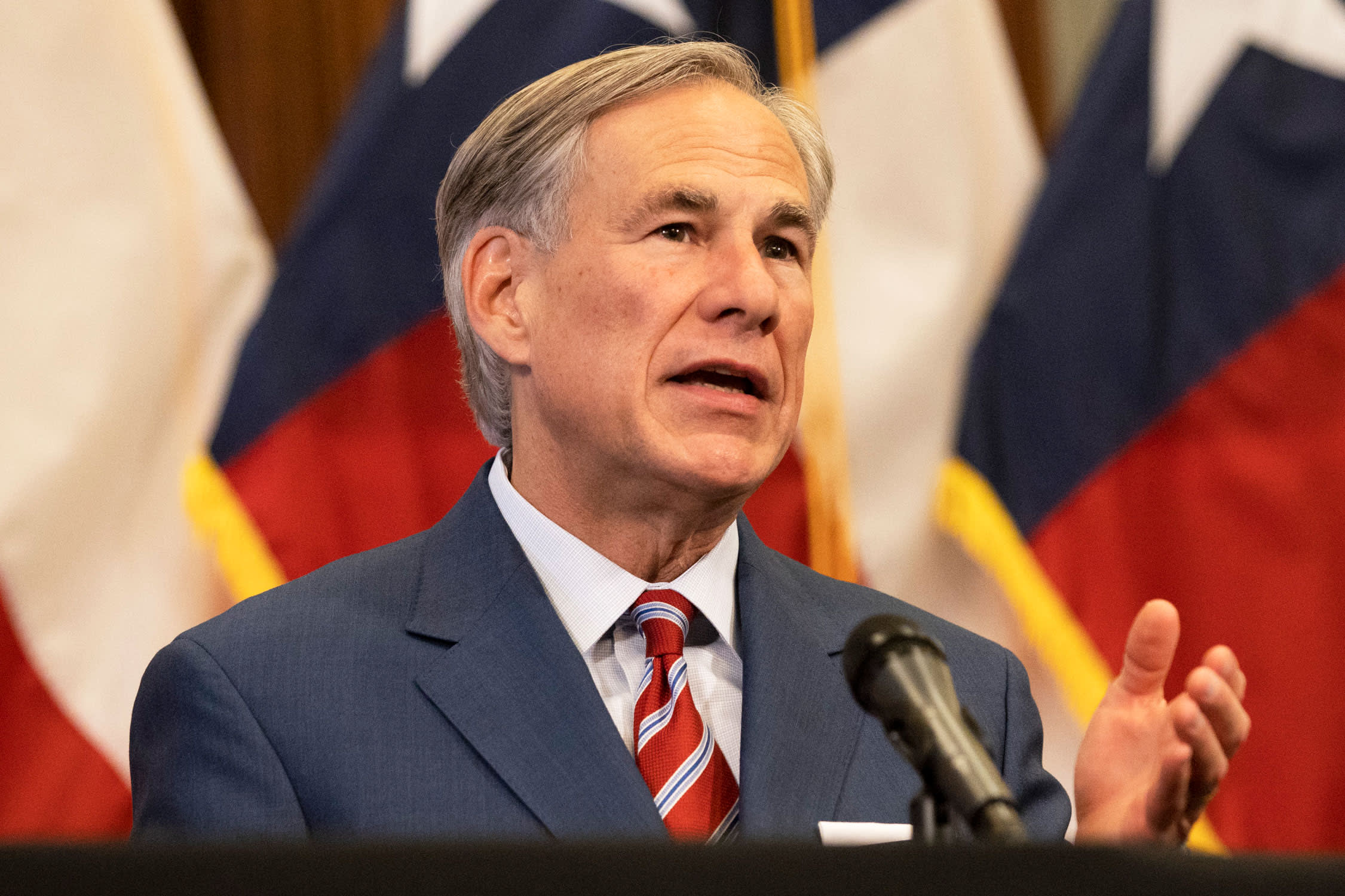 Gov. Abbott deploys hundreds of out-of-state medical employees to battle delta surge