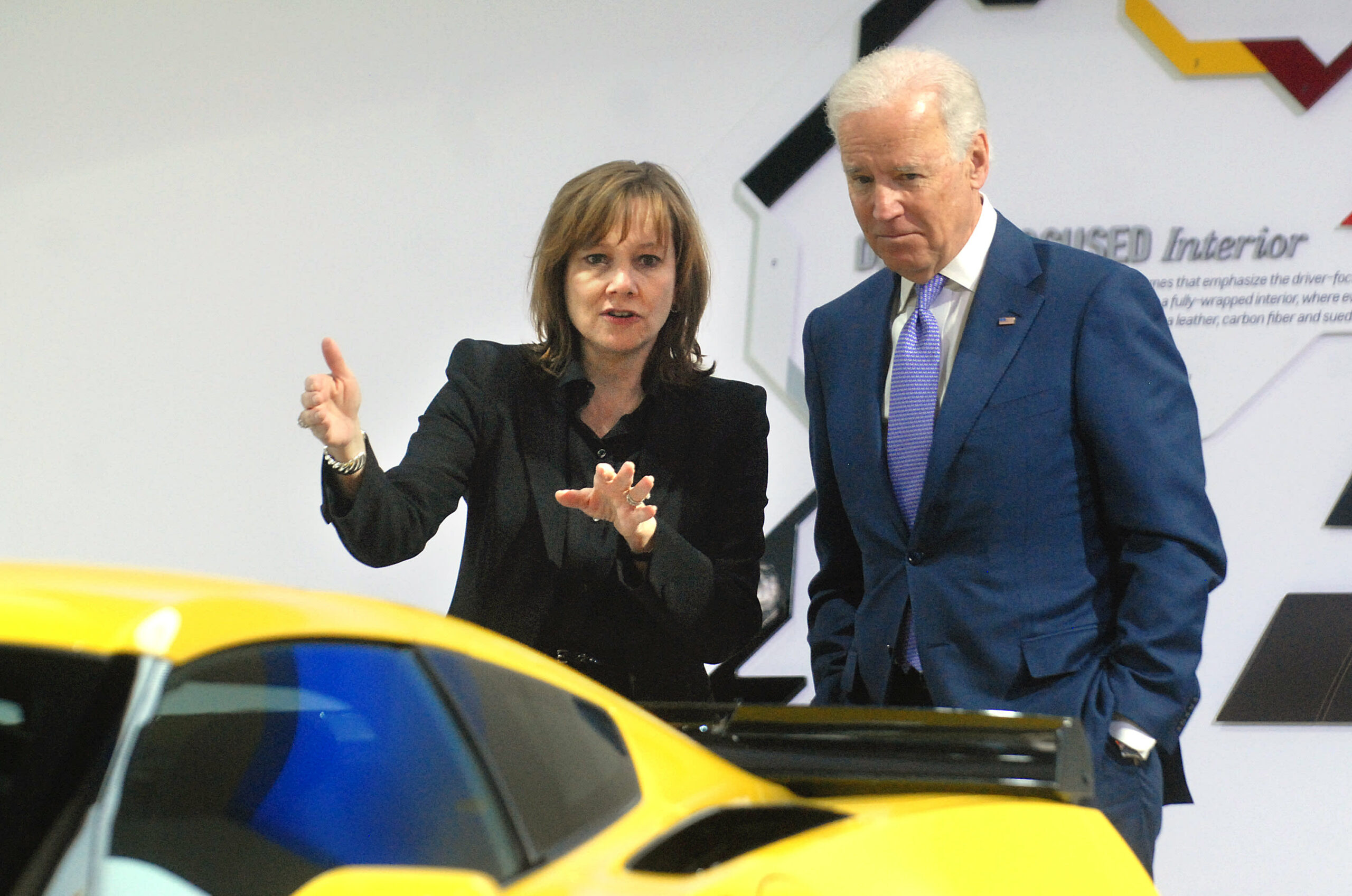 Biden pushes for EVs to make up 40% or extra of U.S. auto gross sales by 2030
